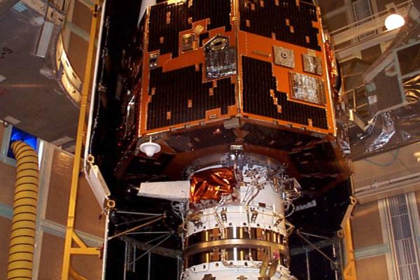 13年前卫星