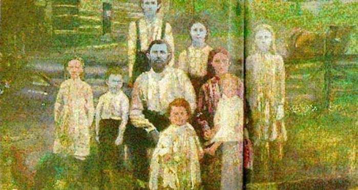 肤色似阿凡达的家族
