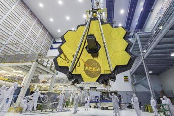 多次的演出发射使得韦伯太空望远镜的成本超上限8亿美元