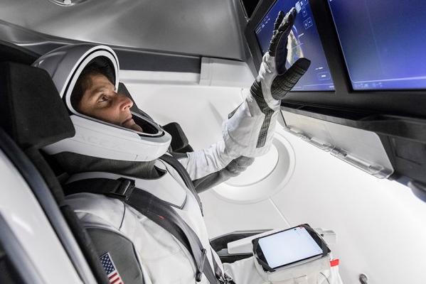 商业载人计划一下延迟美国政府提议NASA启动应急计划