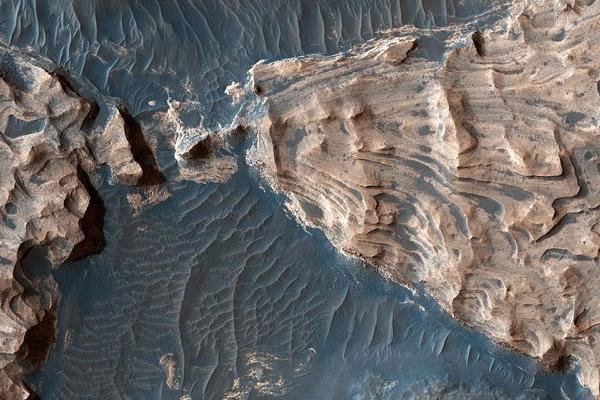 科学家研究发现火星近地面存在足够的氧气