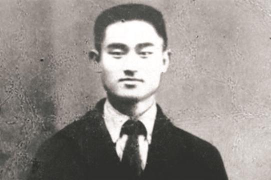中国早期工人运动的杰出领导者汪寿华是一个人怎样的人呢?
