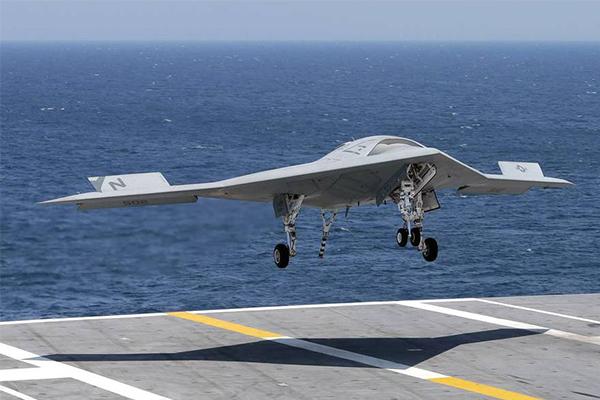 加油版X47B曝光,美军无人加油机为舰载战斗机实现航程续航提升战斗力