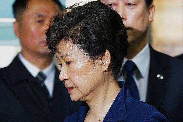 朴槿惠爆非法协议,为自己再添一政治罪名