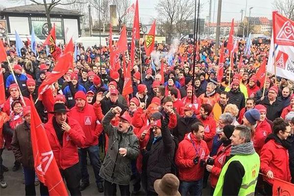 德国34年来最强势大罢工,要求缩短每周工作时间