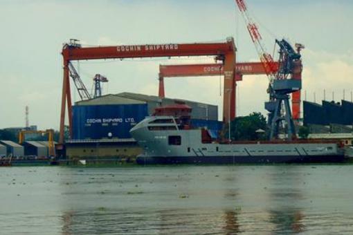 印度最大造船厂发生爆炸