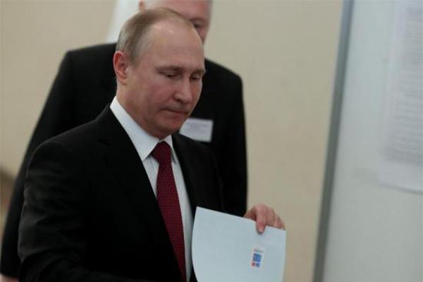 普京支持量创纪录,支持选民达到了4990万。