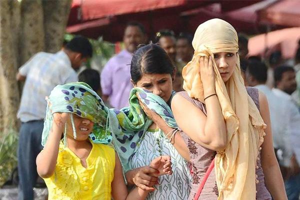 50度高温席卷印度,首都德里街道行人寥寥无几