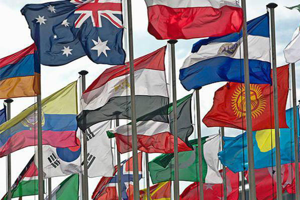 """全球卷入贸易大战,美国执意""""改造世界"""""""