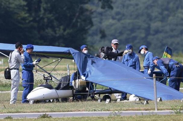 日本轻型飞机坠毁,73岁驾驶员遇难