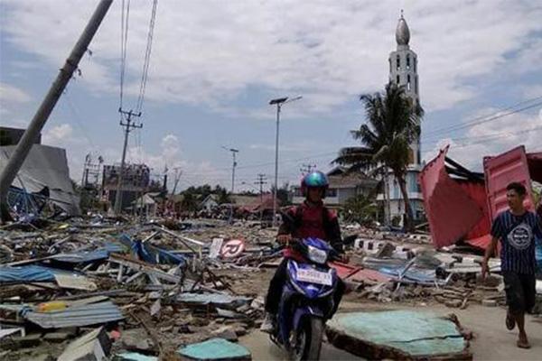印尼海啸410人遇难,气象局过早解除警报争议仍在发酵