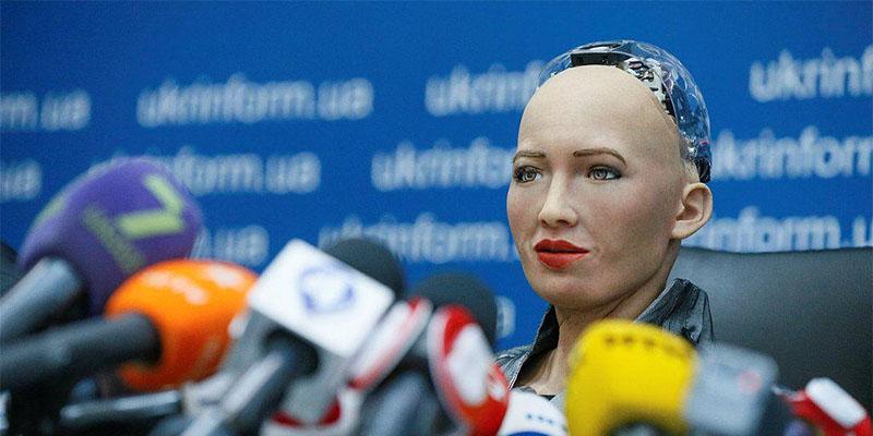 """机器人出访乌克兰,会上遭乌克兰总理""""贴脸杀"""""""