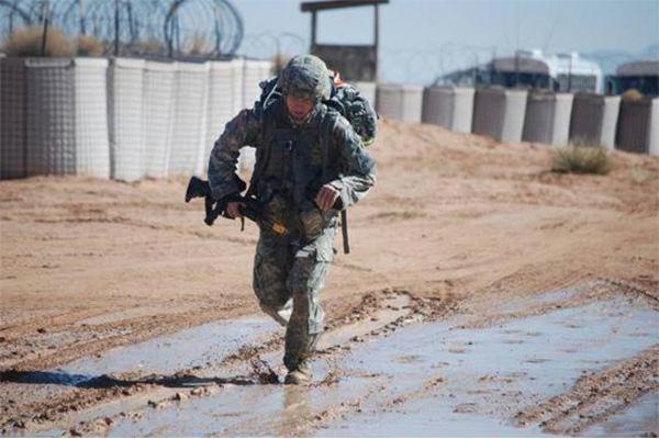 美军依赖能量饮料,睡眠不足问题是重点