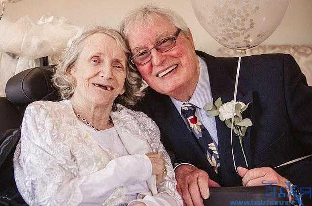 连续求婚43年被拒