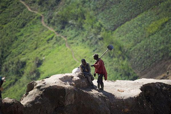 刚果采矿场遭袭,2名中国籍员工遇难其余员工被撤离