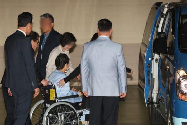 朴槿惠申请停止监禁,被拘之后首次提出类似申请