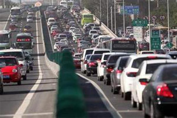 春运四川这九个路段易堵,省公安厅通气会发布指南告知相关消息