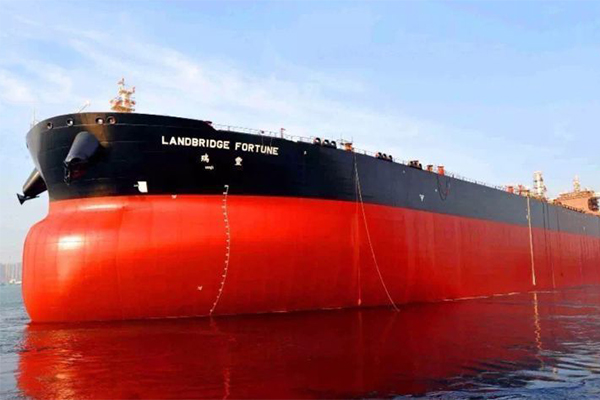 海上巨无霸油轮首次回国