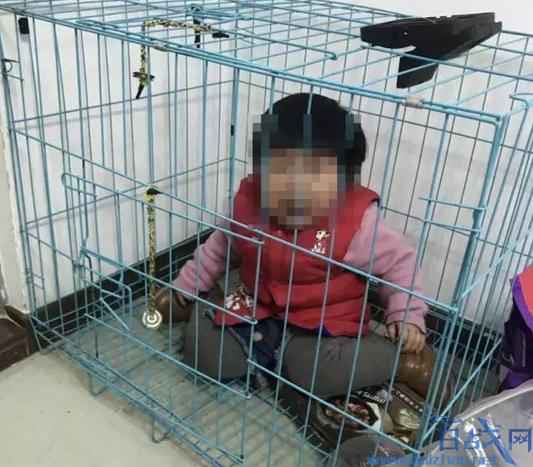 女童被关笼中摆拍