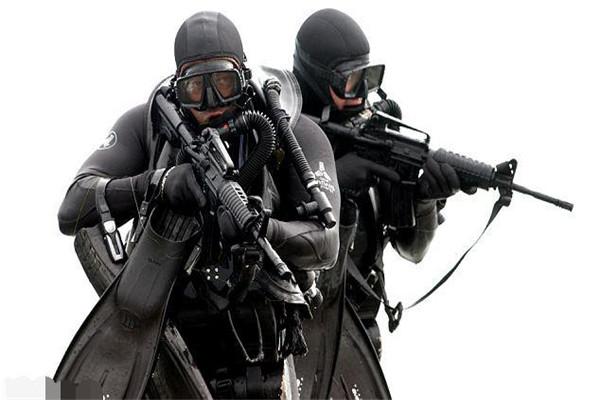 美国海豹突击队彪悍训练图片