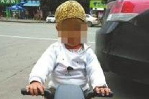 母亲杀害2岁儿子