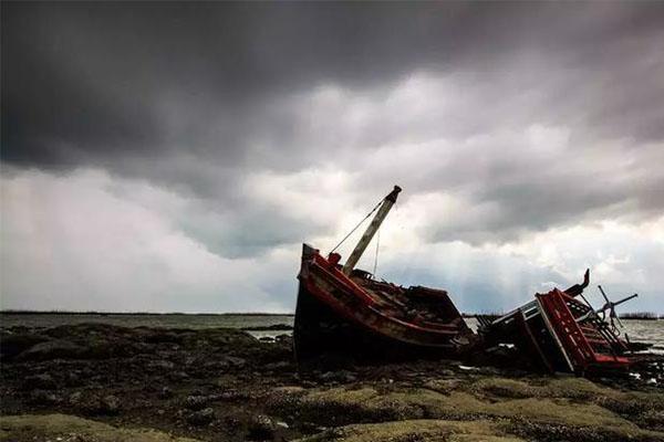 普吉海难事故追责,涉事游船并非违规出海