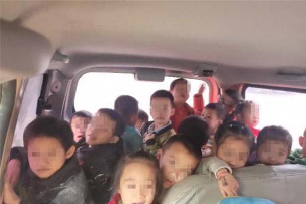 7座车送28名小儿