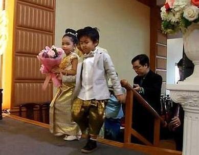 6岁龙凤胎兄妹结婚