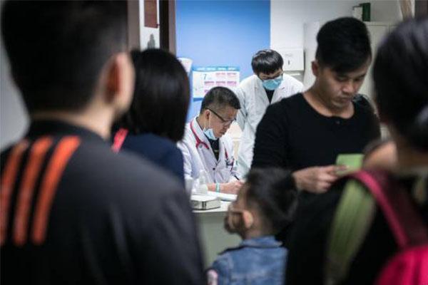 广州现坏死性脑炎,医院儿科床位出现满员状态