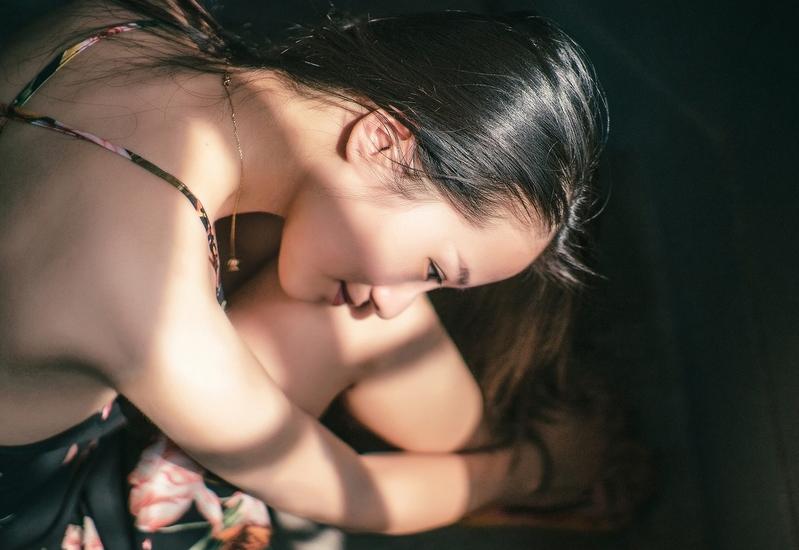 素雅温婉知性美女意境写真(3)