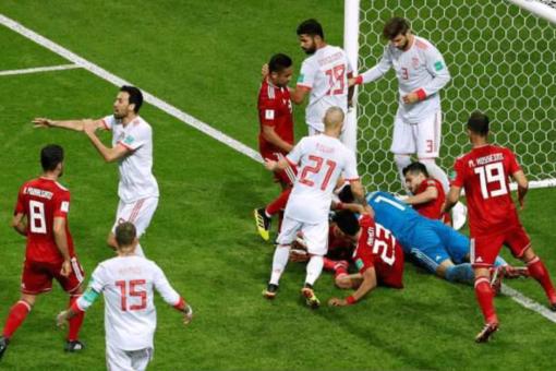伊朗进球被判无效,因伊朗队员越位