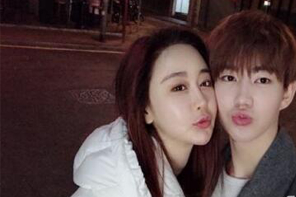 韩女星闪婚中国网红