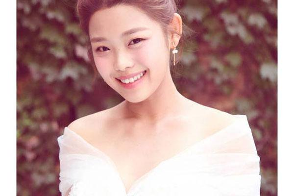 """王莎莎晒婚纱照,""""莫小贝""""这是要结婚了?"""