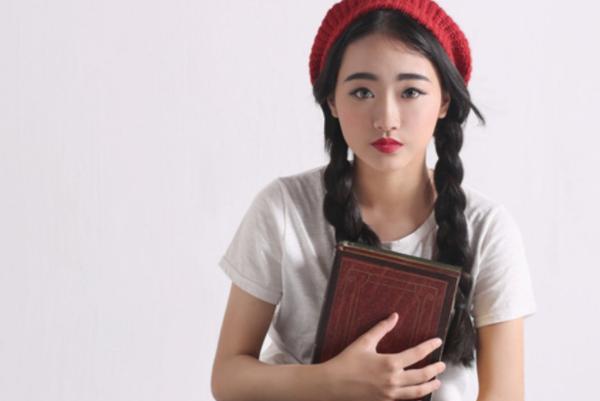 蔡徐坤的女朋友是谁?蔡徐坤和杨可伊究竟是什么关系?