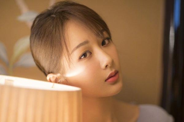 杨紫安慰粉丝