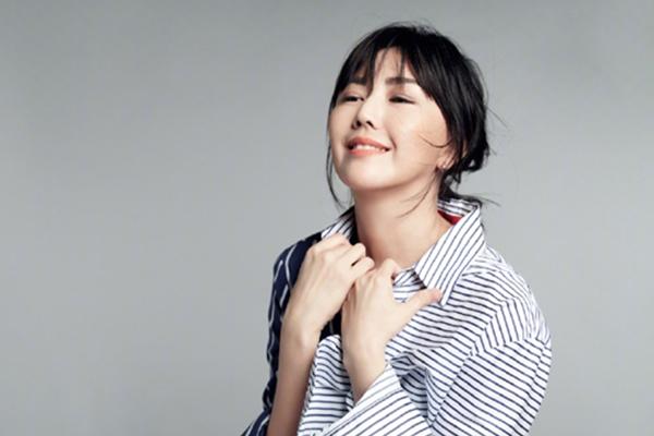 孙燕姿签约新公司,全新形象再次出发,期待她更好的作品