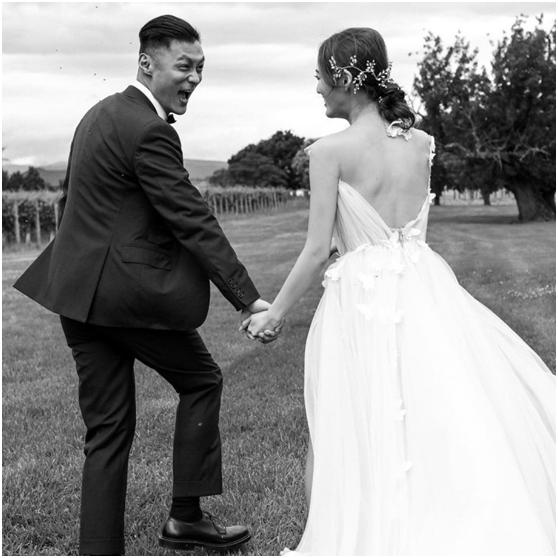余文笑结婚一周年