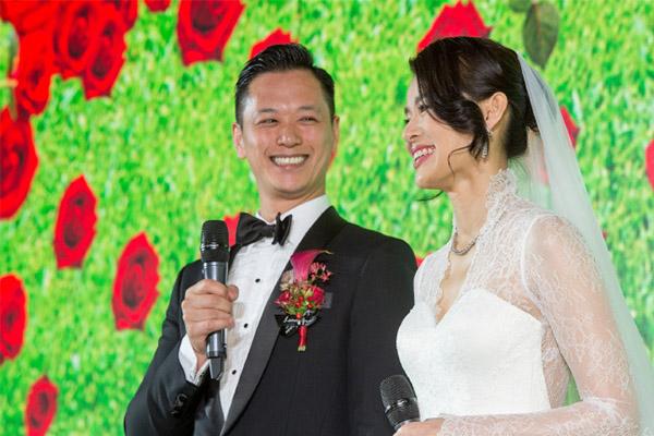 胡杏儿结婚三周年,这个三口之家的小幸福小美好被人们看好,李乘德其实心愿也很简单!