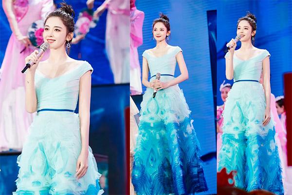 古力娜扎渐变蓝裙,你们想要的少女感来了