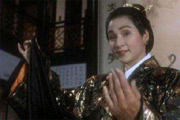 陈志朋撞脸郑佩佩,本人回应很给力了