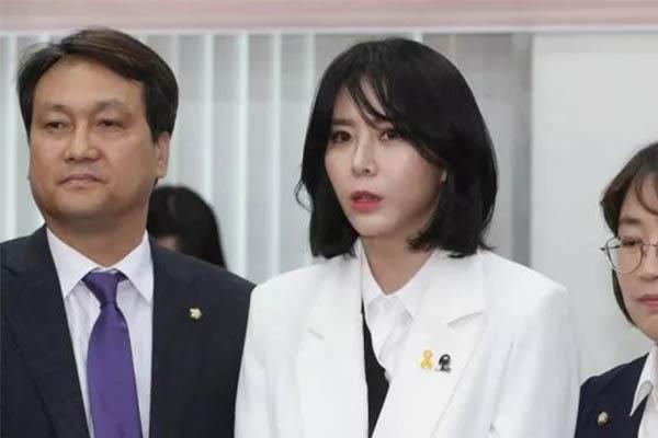 张紫妍案证人露面,开书友会分享经历