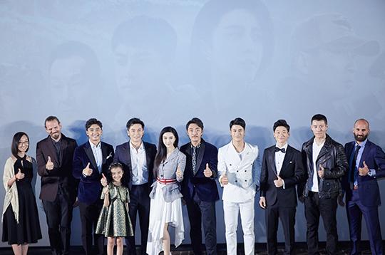 由李晨导演的首部电影《空天猎》正式开播