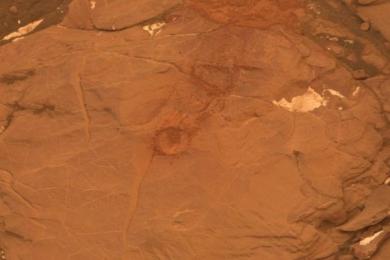 好奇号火星探测器遭遇新麻烦石头太硬钻头钻不下动了