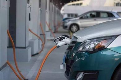 新能源二手车残值低,通病造就的?#38480;未?#22659;