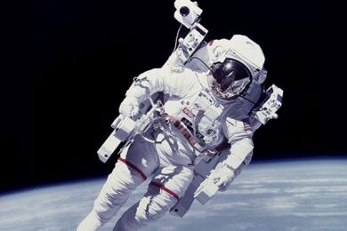 研究发现不舒适的宇航服对宇航员的危害甚至超过零重力