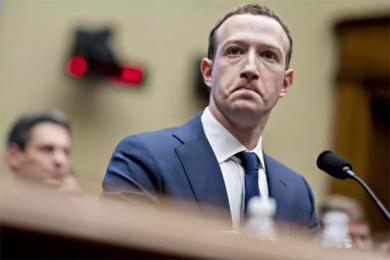 脸书变脸模仿微信,后者能做到的脸书未必能做到