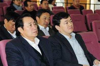 肖卓能,李谷一第二任老公肖卓能多少岁?