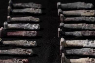 巴西幸存文物首公开,修复工作仍在进行中