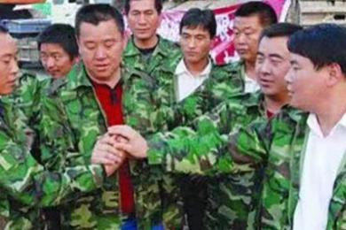 安徽蚌埠打响扫黑除恶第一枪,抓捕刘氏兄弟等主要涉黑人员13名