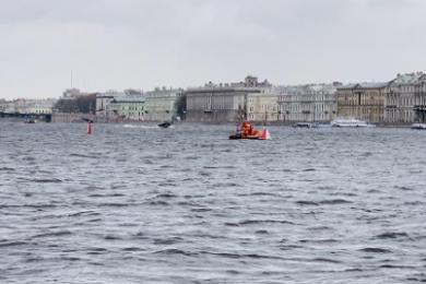 中国女游客在俄溺亡,同伴曾跳河救援